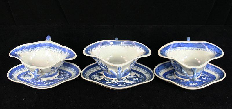 GRAVY BOATS (Double Handle, Matching 4 Lobe Stand)