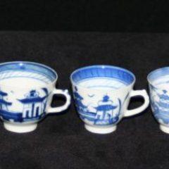 CUPS-TEA-DEMITASSE-TAPERED (Straight Line Border)