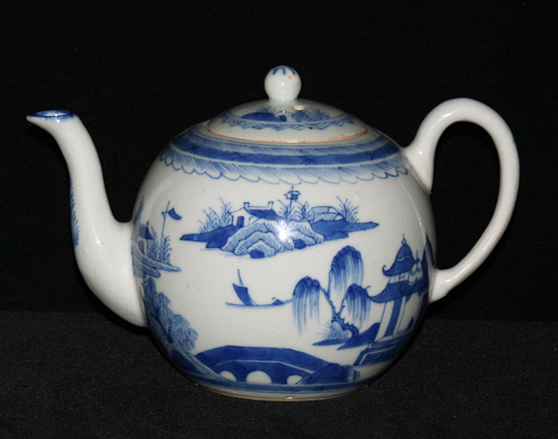 TEAPOTS-FLAGS-BALL SHAPE (Curved Spout, Loop Handle, Late)
